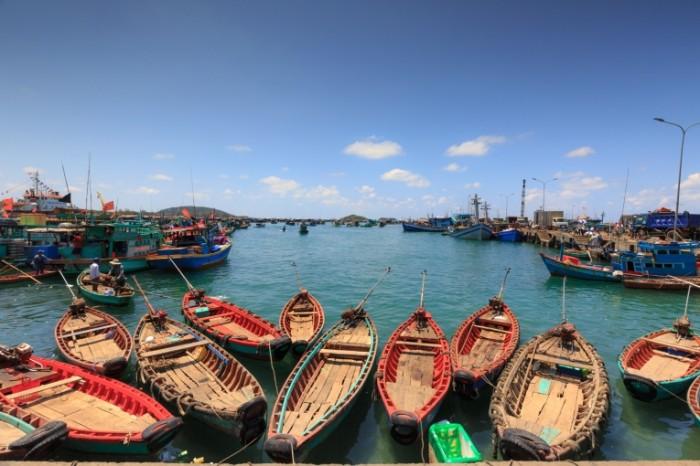 More lodki Sea boats 700x466 Море, лодки   Sea, boats