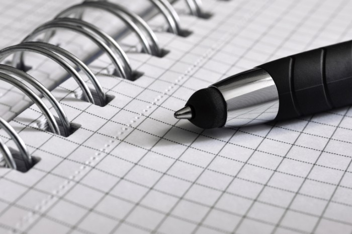 Ruchka bloknot Pen notepad 700x466 Ручка, блокнот   Pen, notepad