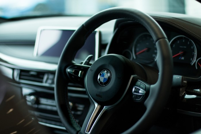 Salon avtomobilya Vehicle interior 700x466 Салон автомобиля   Vehicle interior