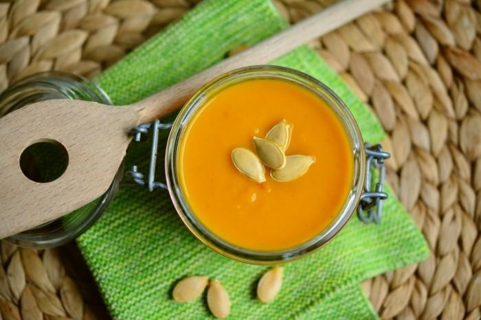 Tyikvennyiy sup Pumpkin soup 700x466 Тыквенный суп   Pumpkin soup