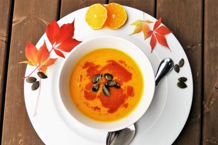 Tyikvennyiy sup Pumpkin soup1 700x465 Тыквенный суп   Pumpkin soup