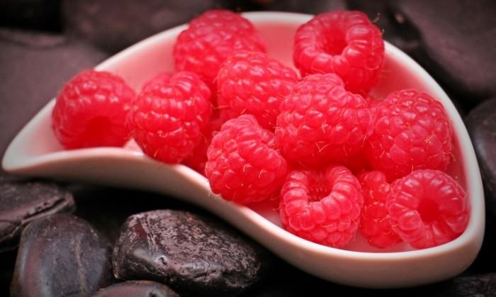 Малина   Raspberries