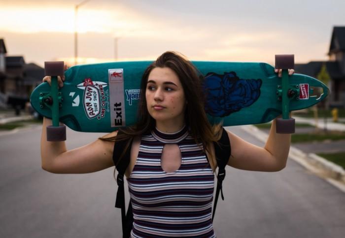 Девушка, скейтборд   Girl, skateboard