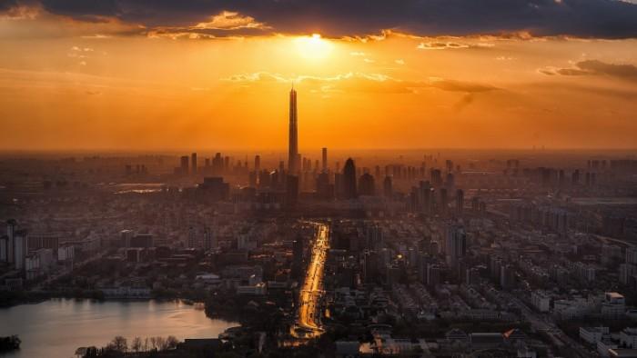 Megapolis zakat Megalopolis sunset 7120  4013 700x394 Мегаполис, закат   Megalopolis, sunset