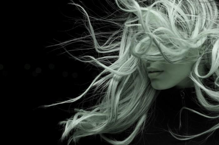 Razvevayushhiesya volosyi Waving hair 5078x3385 700x465 Развевающиеся волосы   Waving hair