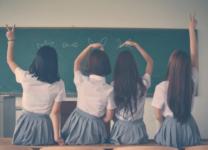 Школьницы   Schoolgirls