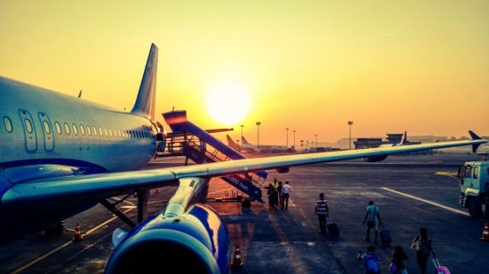 Самолет, восход   Airplane, sunrise