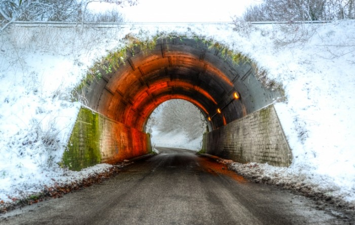 Тоннель   Tunnel