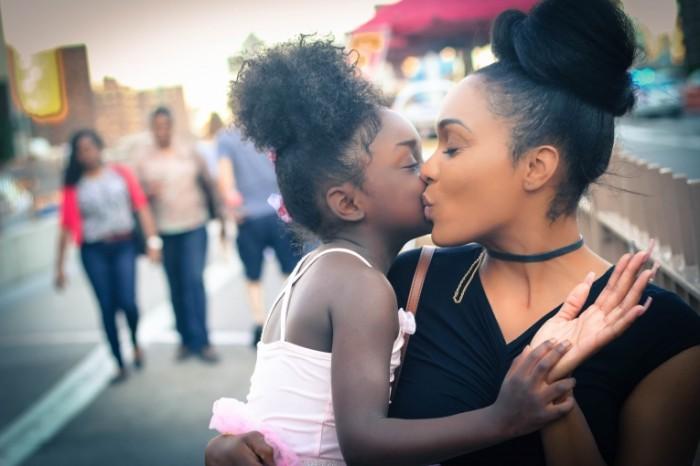 Женщина с ребенком   Woman with child