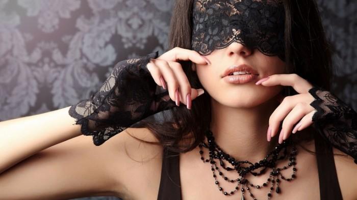 Devushka v maske girl in the mask 5120x2880 700x393 Девушка в маске   girl in the mask