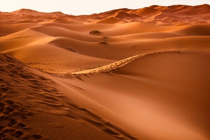 Pustyinya Desert 7360  4912 700x466 Пустыня   Desert