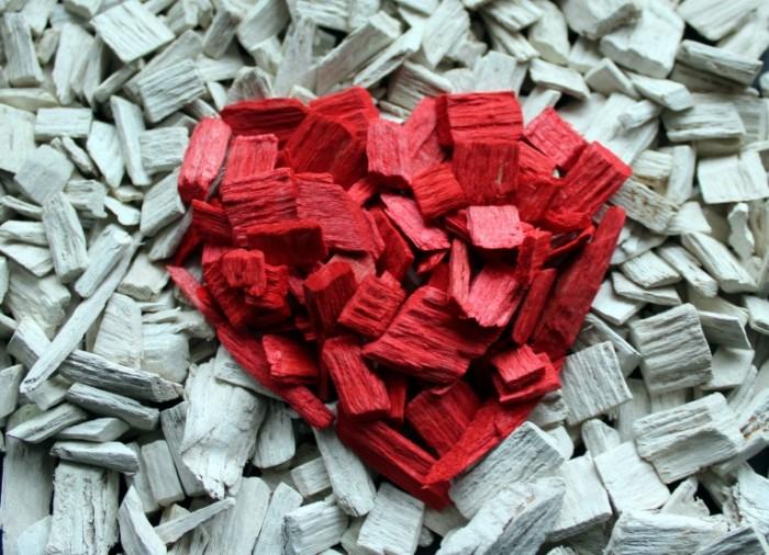 Serdtse shhepki Heart chips 5020x3632 700x506 Сердце, щепки   Heart, chips