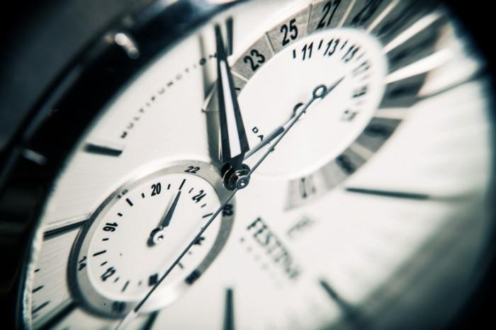 CHasyi tsiferblat makro Clock dial macro 5616  3744 700x466 Часы, циферблат, макро   Clock, dial, macro