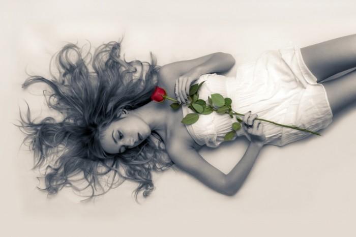 Девушка с розой   Girl with a rose