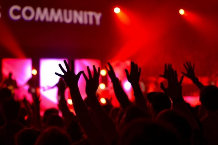 Klub kontsert Club concert 4608x3072 700x466 Клуб, концерт   Club, concert