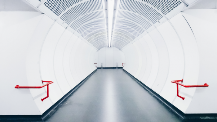 Podzemnyiy perehod Underground crossing 4896x2752 700x393 Подземный переход   Underground crossing
