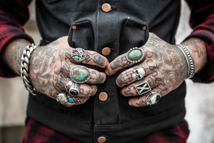Ruki tatuirovki Hands tattoos 4065  2710 700x466 Руки, татуировки   Hands, tattoos
