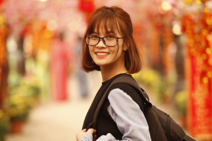 Рыжая девушка в очках   Red haired girl with glasses