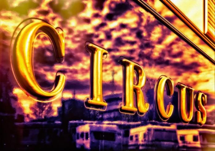 TSirk vyiveska Circus signboard 5381  3782 700x491 Цирк, вывеска   Circus, signboard