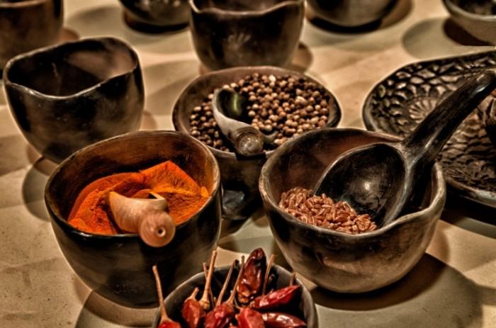 Vostochnyiy spetsii chaylz Oriental spices chiles 4277  2833 700x463 Восточный специи, чайлз   Oriental spices, chiles