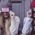 Вязанные шапки, улыбка - Knitted hats, smile