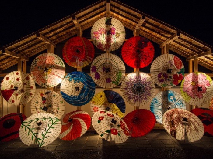 Kitayskie zontiki Chinese umbrellas 5070x3802 700x524 Китайские зонтики   Chinese umbrellas