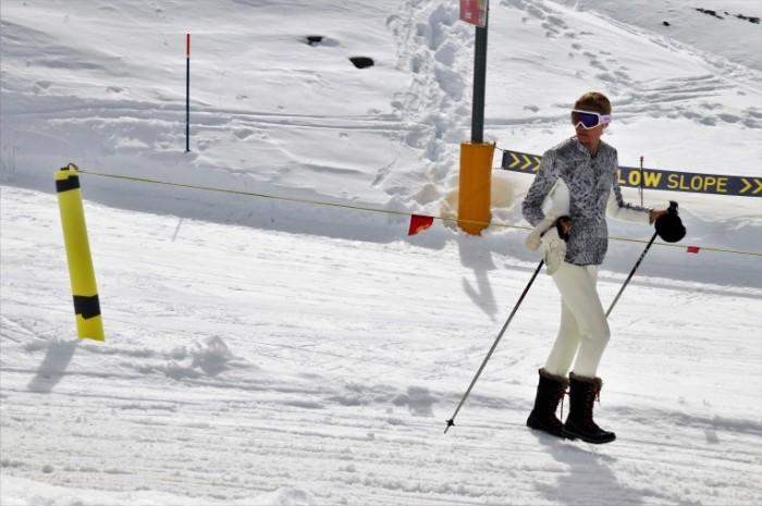 Kurshevel lyizhnyiy kurort gornyie lyizhi Courchevel ski resort downhill skiing 5471  3647 700x465 Куршевель, лыжный курорт, горные лыжи   Courchevel, ski resort, downhill skiing