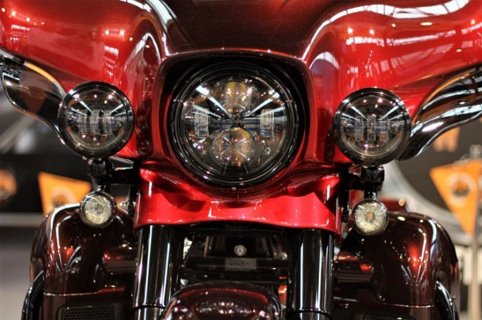 Mototsikl avtosalon zagreb 2018 Motorcycle auto show zagreb 2018 5184  3456 700x466 Мотоцикл, автосалон загреб 2018   Motorcycle, auto show zagreb 2018