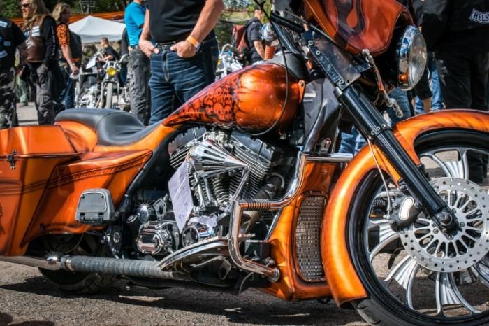 YArkiy mototsikl grand turing Bright motorcycle Grand Touring 6000  4000 700x466 Яркий мотоцикл, гранд туринг   Bright motorcycle, Grand Touring
