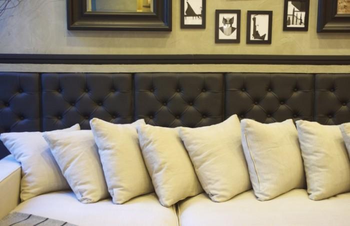 Interer mebel divan Interior furniture sofa 5823  3781 700x453 Интерьер, мебель, диван   Interior, furniture, sofa