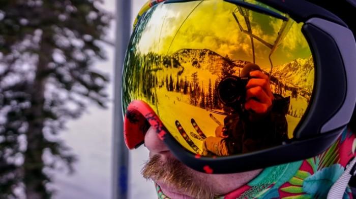 Maske dlya snouborda ochki e`kipirovka Masks for snowboarding glasses equipment 6000  3376 700x393 Маске для сноуборда, очки, экипировка   Masks for snowboarding, glasses, equipment
