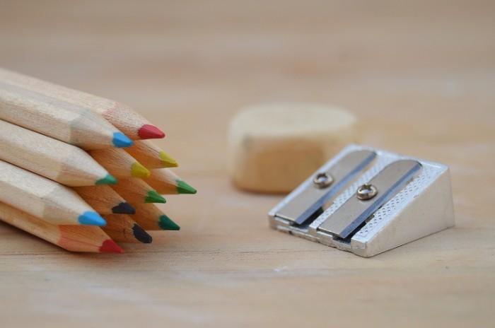 TSvetnyie karandashi makro tochilka Color pencils macro sharpener 6016  4000 700x464 Цветные карандаши, макро, точилка   Color pencils, macro, sharpener