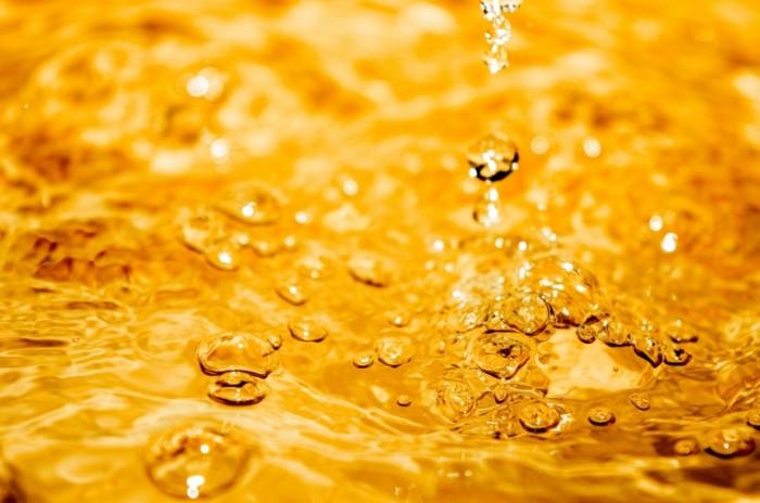Voda pivo makro Water beer macro 6016  4000 700x464 Вода, пиво, макро   Water, beer, macro