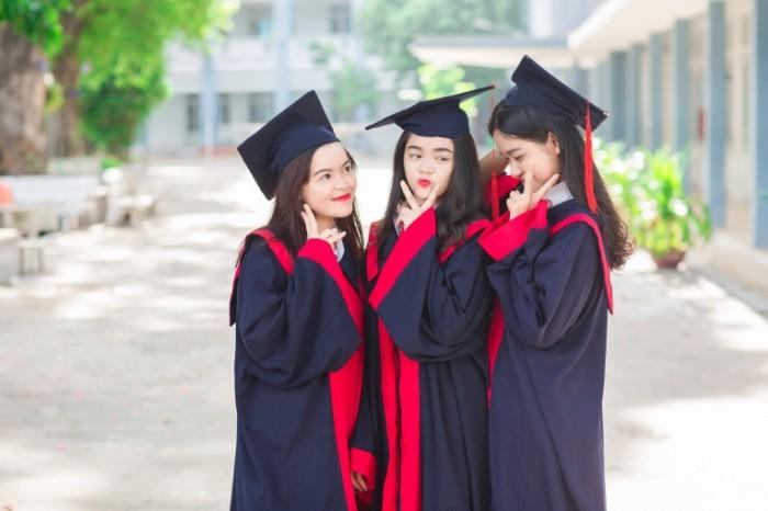Vyipusknitsyi studentki Aziya Graduates female students Asia 5760  3840 700x466 Выпускницы, студентки, Азия   Graduates, female students, Asia