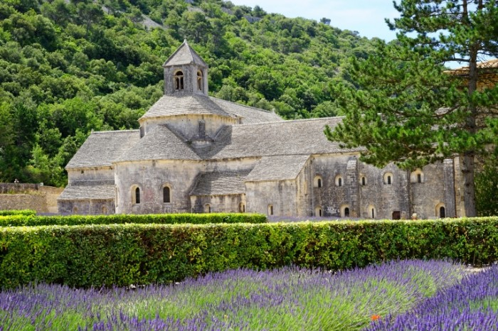 Abbatstvo monastyir kamennyiy dom Abbey monastery stone house 6000  4000 700x466 Аббатство, монастырь, каменный дом   Abbey, monastery, stone house