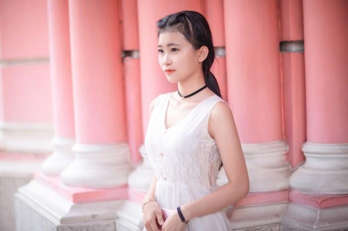 Kitayanka devushka portret Chinese girl girl portrait 5760  3840 700x466 Китаянка, девушка, портрет   Chinese girl, girl, portrait