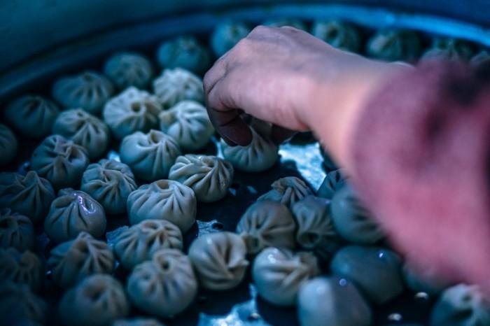 Pelmeni mantyi aziatskaya kuhnya Dumplings manti Asian cuisine 5946  3964 700x466 Пельмени, манты, азиатская кухня   Dumplings, manti, Asian cuisine