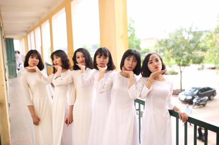 Podruzhki nevestyi devushki yaponki Girlfriends of the bride girls Japanese women 5472  3648 700x466 Подружки невесты, девушки, японки   Girlfriends of the bride, girls, Japanese women
