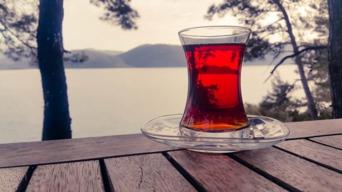 Krasnyiy chay prirodnyiy travyanoy napitok Red tea natural herbal drink 5312  2988 700x393 Красный чай, природный травяной напиток   Red tea, natural herbal drink