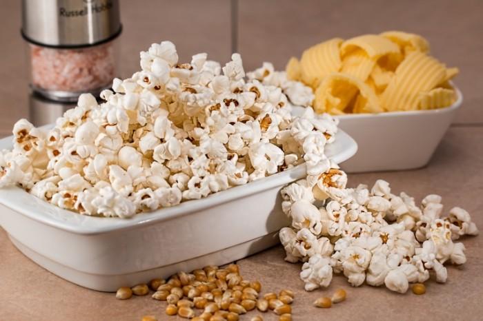Kukuruza zakuska domashniy popkorn Corn snack homemade popcorn 5472  3648 700x466 Кукуруза, закуска, домашний попкорн   Corn, snack, homemade popcorn