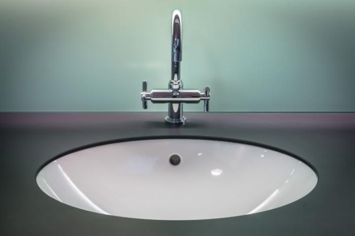 Santehnika rakovina smesitel Plumbing sink faucet 5073  3382 700x466 Сантехника, раковина, смеситель   Plumbing, sink, faucet
