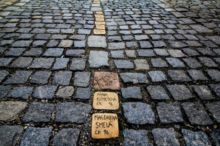 Trotuar bulyizhnik makro bruschatka Sidewalk cobblestone macro paving stones 5184  3456 700x466 Тротуар, булыжник, макро, брусчатка   Sidewalk, cobblestone, macro, paving stones