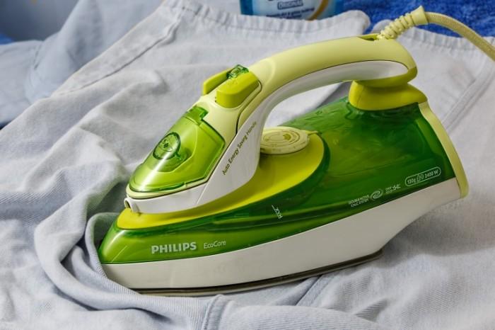 Utyug glazhka rubashka Iron ironing shirt 5472  3648 700x466 Утюг, глажка, рубашка   Iron, ironing, shirt
