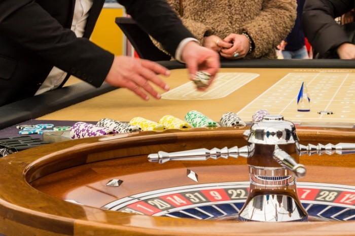Azartnyie igryi kazino ruletka vyiigryish Gambling casino roulette winnings 5184  3456 700x466 Азартные игры, казино, рулетка, выигрыш   Gambling, casino, roulette, winnings