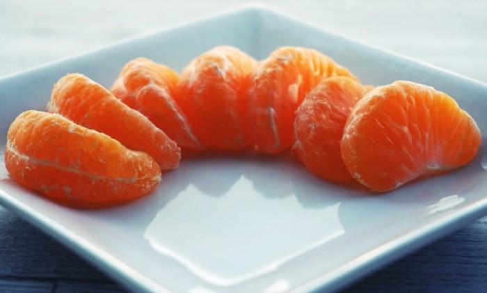 Mandarin dolki mandarina makro tsitrusovyie Mandarin mandarin slices macro citrus 5600h3376 700x421 Мандарин, дольки мандарина, макро, цитрусовые   Mandarin, mandarin slices, macro, citrus