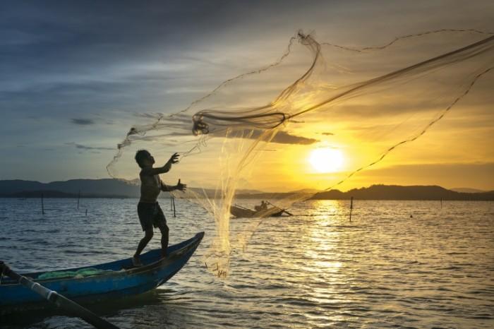 Ryibalka set aziya zakat Fishing net asia sunset 7591  5063 700x466 Рыбалка, сеть, азия, закат   Fishing, net, asia, sunset