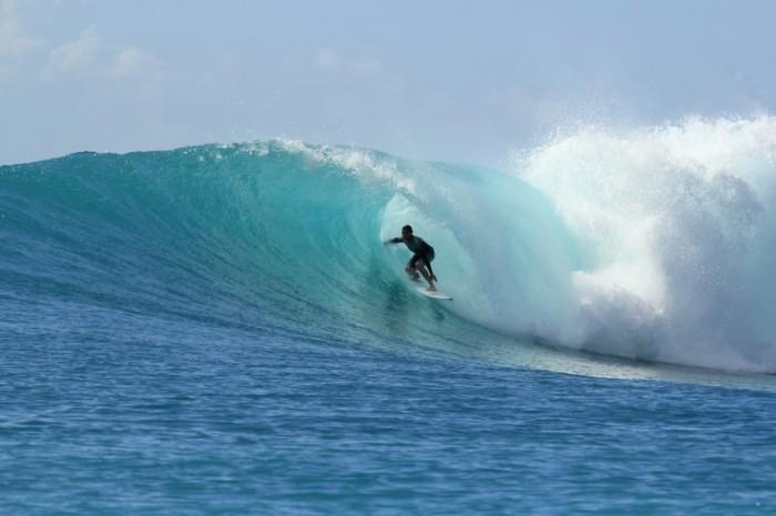 Serfingist serfing volna sport Surfing surfing wave sports 5184  3456 700x466 Серфингист, серфинг, волна, спорт   Surfing, surfing, wave, sports