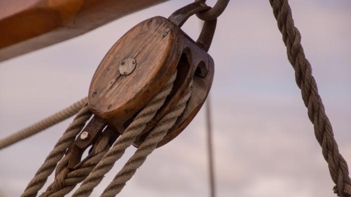 Takelazh yahtennyiy sport parusnoe sudno Rigging yachting sailing 6000  3376 700x393 Такелаж, яхтенный спорт, парусное судно   Rigging, yachting, sailing