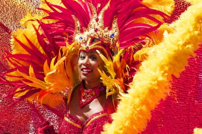 YArkiy karnavalnyiy kostyum karnaval Rio Bright carnival costume carnival Rio 5184  3456 700x466 Яркий карнавальный костюм, карнавал Рио   Bright carnival costume, carnival Rio