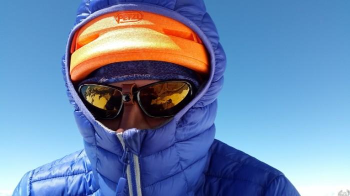 Alpinist ochki krupnyim planom Climber glasses closeup 4608h2592 700x393 Альпинист, очки, крупным планом   Climber glasses, closeup